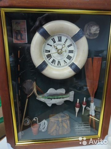 Подарок для рыбака часы 2