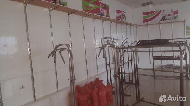 Сдам магазин одежды с оборудованием - центр города 89272829296 купить 8