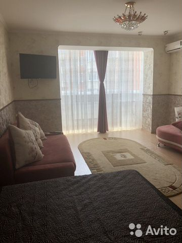 1-к квартира, 53 м², 3/5 эт.