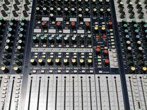 Микшерный пульт Soundcraft GB8 32
