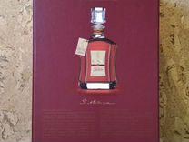 Бутылка в коробке от элитного алкоголя